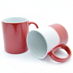 Red chameleon cup